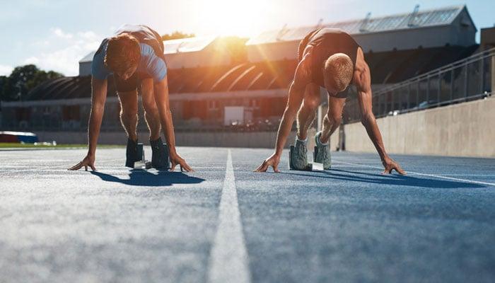 runners-starting-line